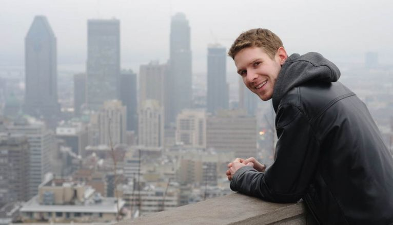 Guillaume aime grimper au Mont Royal, l'une des collines qui domine la ville de Montréal.
