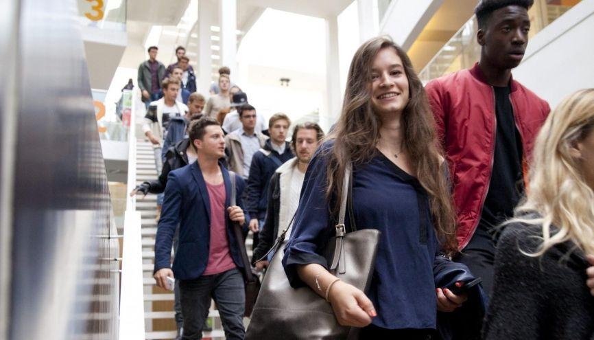 Les Bachelors (ici à Novancia Business School) séduisent de plus en plus d'étudiants. //©Novancia