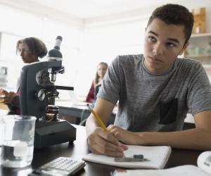 Quelles spécialités choisir pour la classe de première si vous avez un profil scientifique ?