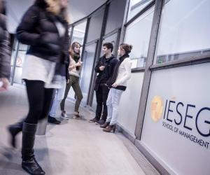 L'IESEG conserve sa première place au classement 2019-2020.