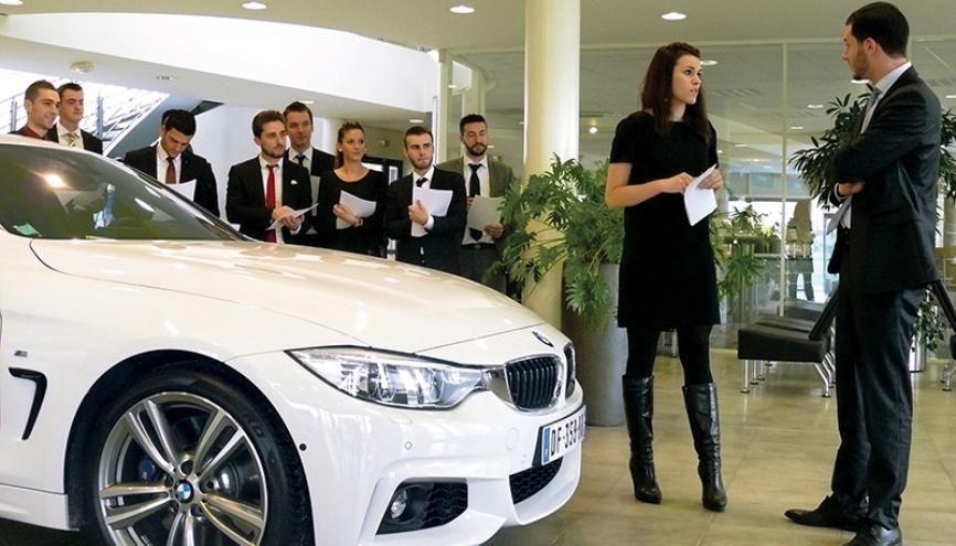 formation vendeur automobile formation vendeur automobile auto titre vendeur automobile chez. Black Bedroom Furniture Sets. Home Design Ideas