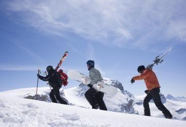 Vacances au ski entre potes : bon ou mauvais plan ? //©PlainPicture