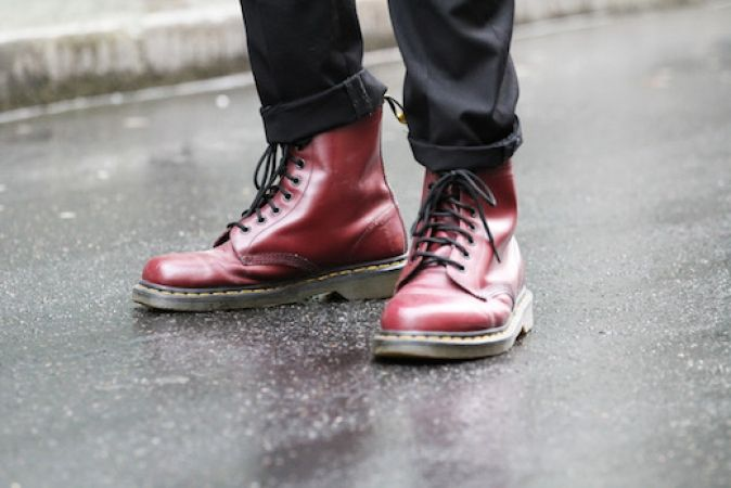 mode look les combat boots pour donner du style votre look l 39 etudiant trendy. Black Bedroom Furniture Sets. Home Design Ideas