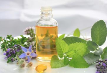 Réalisez vos propres huiles de massageFotolia //©
