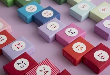 On trouve de tout dans les calendriers de l'Avent ! //©PlainPicture