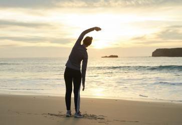 Respirez, en gardant ces quatres habitudes estivales, tout va bien se passer ! //©PlainPicture