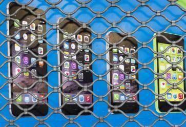 Êtes-vous maître ou prisonnier de votre smartphone ? //©Pierre Gleizes / R.E.A