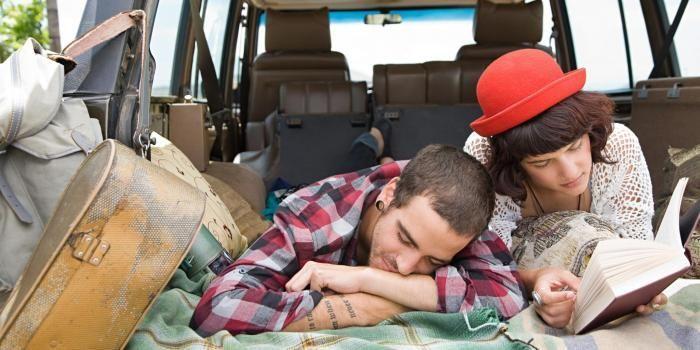 Les voyages forment la jeunesse... et les couples ?