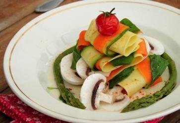 Une recette colorée pour ces lasagnes aux légumes. //©LOU
