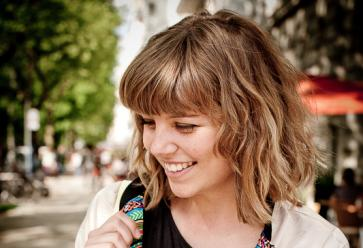 """Marion : """"j'ai été élue meilleur blog mode en 2010"""". // credit-alexandregiannoulatos //©"""