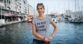 À Toulon, Marie apprécie les plages mais aussi les petits restaurants. //©Yohanne Lamoulère/Transit pour l'Etudiant