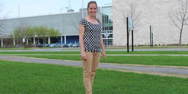 School Look à Laval - EmmanuelleEmmanuelle, en 2e année de médecine
