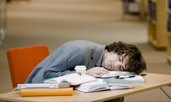 La méthode Pomodoro, ce n'est pas dormir PENDANT les révisions !
