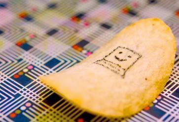 Vous êtes moins de 15% à déclarer avoir besoin des réseaux sociaux pour être heureux. //©JD Hancock/Flickr