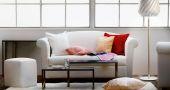 Du bleu, du bois, du lin... voici des idées déco pour réchauffer votre studio. //©outreach.com