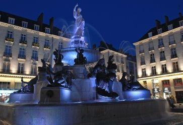 La fontaine de la place Royale. //©Wikipédia