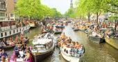 À Amsterdam, vous ferez de belles balades, à vélo ou sur les canaux. //©Nisangha