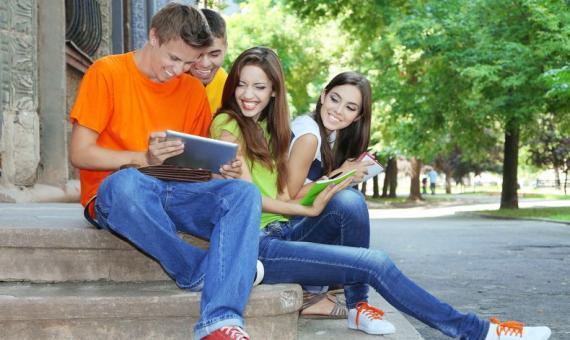 comment devenir la plus populaire du college