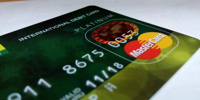 Populaire Budget : Quelle carte bancaire choisir ? 10 formules jeunes à la  UG45