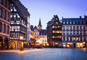 Strasbourg, la nuit, c'est toujours un peu magique. //©Marius Brede