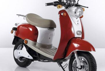 Deux-roues électriques : roulez branché - wattoo //©