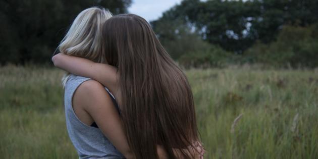 Révéler son homosexualité à ses parents, une démarche qui peut sembler insurmontable. //©PlainPicture