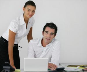 Jeunes diplômés : le métier d'assistant(e) se réinvente et recrute