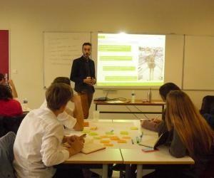 """Enactus : une formation accélérée à la gestion de projet en """"entrepreneuriat social"""""""