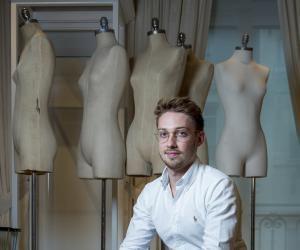 Quentin a choisi l'ISTEC Paris pour faire un stage danslesecteur desesrêves