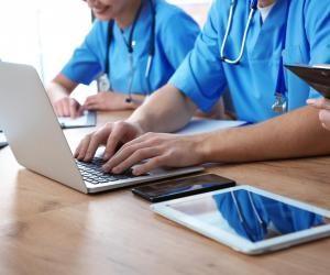 Licences de santé : comment s'inscrire en PASS ou en L.AS sur Parcoursup ?
