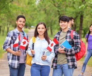Ce qu'il faut savoir avant d'étudier… au Canada