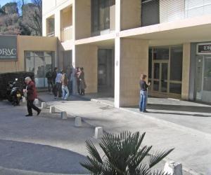 Classement 2016-2017 des écoles de commerce postbac: lestaux de recommandation des diplômés