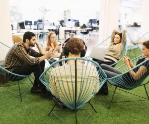 """Travailler en start-up : cinq choses à savoir pour relativiser lecôté""""cool"""""""