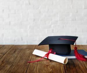 Comment connaître l'équivalence de mon diplôme à l'étranger ?