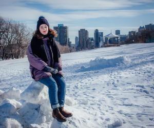 """Sophie, étudiante à Montréal : """"Il y a beaucoup d'interactivité pendant les cours"""""""