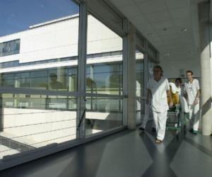 Infirmier en pratique avancée, un nouveau métier entre infirmier et médecin