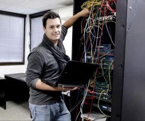 Comment Simon, en école d'ingénieurs, a décroché son contrat en alternance