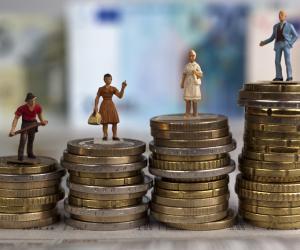 "3 novembre 11 h 44 : les femmes se mettent en ""off"" contre les inégalités salariales"