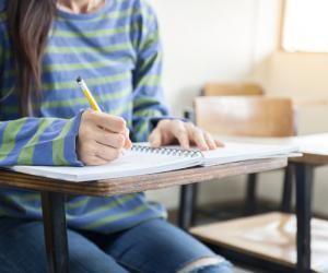 Trop de devoirs : comment s'en sortir ?