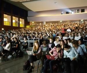 À Paris-Dauphine, les étudiants ont confiance en l'avenir... et en leur mère
