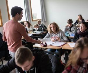 """Lycéenne et dyslexique : """"En quatrième, je lisais comme une élève de CE1"""""""