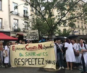 Médecine : après l'annulation d'épreuves des ECN, la #PromoFiasco manifeste sa colère