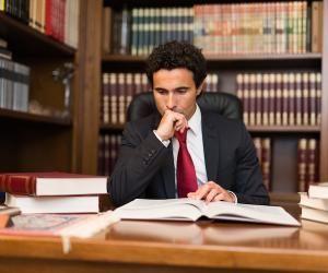 Que faire après une licence de droit ?