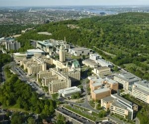 Partir étudier à Montréal : le campus à l'américaine dans un contexte multiculturel