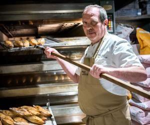 """Les 20 ans de Dominique Saibron, boulanger-pâtissier : """"Jevendais mes brioches dans ma cité"""""""