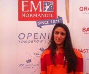 """Megane, en 3e année à l'EM Normandie : """"Entre étudiants, on est comme une famille"""""""