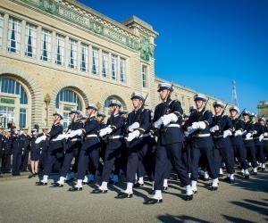 24 heures à Maistrance, école des métiers de la Marine