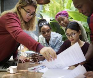 Réussite en licence : comment les meilleures universités accompagnent leurs étudiants