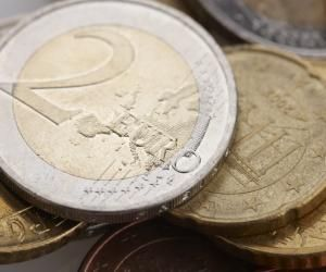 """Accord, abréviation, liaison... 5 choses à savoir sur l'orthographe du mot """"euro"""""""