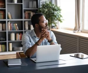 Les neuf spécialisations informatiques de l'ESGI : laquelle correspond à vos ambitions ?